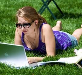 studeren_in_park_zonnig_door_ed_yourdon